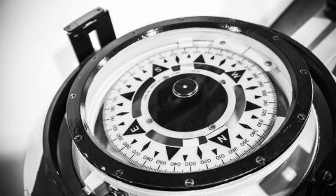 magnetic_compass